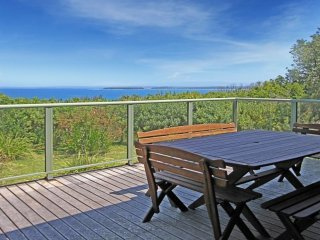 53 Burri Point Road Clifftop Living