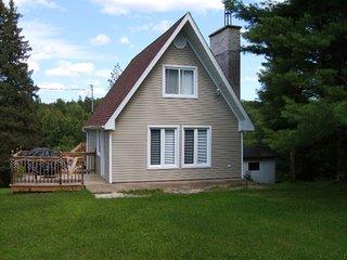 WATERFRONT - Beautiful cottage