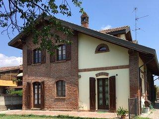 Casa Vacanze CASCINA SACCHI, affitto camere, residence, stanze in affitto