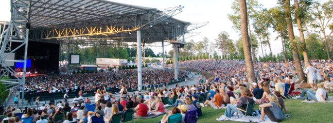 Only 10 minutes from the awesome Verizon wireless Amphitheatre
