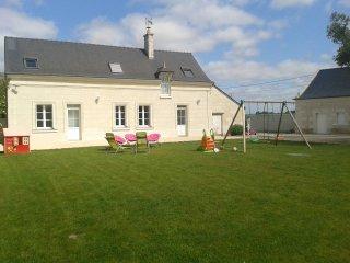 La Maison des Poulettes - Gite 3 étoiles 14 personnes en Touraine