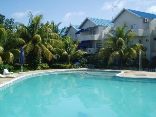 Apartment for rent in Flic en Flac just 5 five minutes away from the beach
