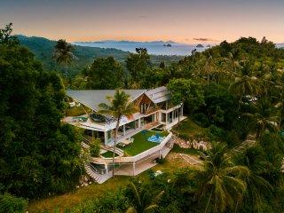 Samui's most private 360 degree sea view luxury 5 bed pool villa. Quartz House