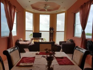 See Belize Sea View 2BR 2-Bed Penthouse