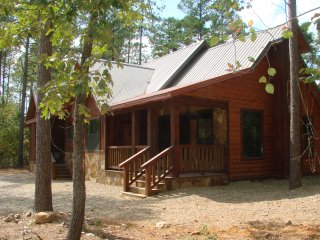 Mountain Couples Cabin (1+ Bedrooms, Creek Overlook, Private Hot Tub, Upscale)