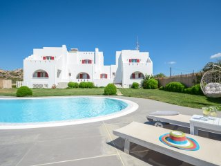 Depis Luxury villa  in naxos with pool