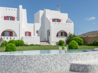 Depis Edem Red Villa Deluxe Residence with Sea View and Jacuzzi/Naxos