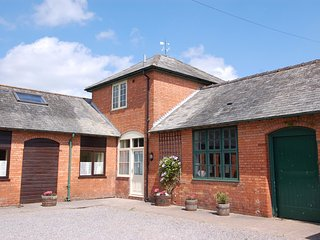 THE HAYLOFT, superb converted barn at the foot of the Quantocks, with excellent