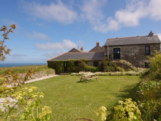THE OLD BARN, traditional cornish farmhouse with spectacular sea views.