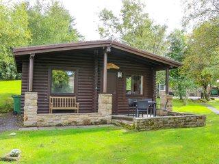 ALWINTON, cosy retreat, all ground floor, open plan layout, in Longframlington,