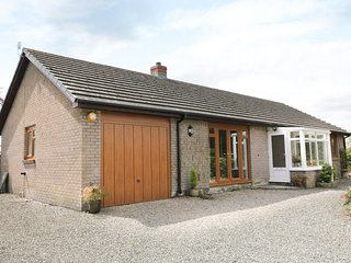 YR HEN FFALD, limited mobility access, WIFI, surrounding countryside views, Ref