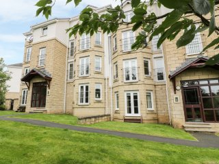 CYGNET VIEW, open plan layout, pet friendly, cosy accommodation, in Melrose