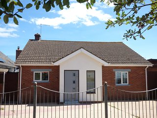 24 EXETER ROAD, three bedrooms, spacious accommodation, weelchair friendly, seav