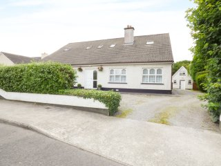 KILKARTAN HOUSE 2B, pet friendly, central location, Ballina, County Mayo, Ref. 9