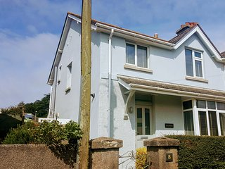 SALVORA, open plan dining, three bedrooms, garden with patio, in Salcombe, Ref.