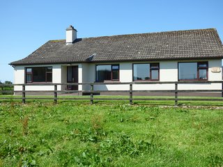 NEPHIN VIEW, two sitting rooms, garden, Pets, cosy, near Foxford, ref: 961066