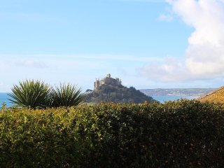 HAGAR VOR semi-detached, two-storey house, sea views, in Marazion, Ref xxxx