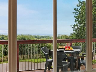 ST ANNES 15 villa, onsite pools and bar/restaurant, AOB, Whitsand Bay less than