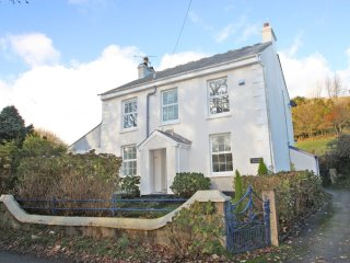 CAPTAINS COTTAGE pet friendly, wifi, close to eden, Ref 959602