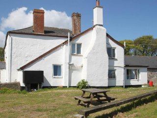 THE COTTAGE, farm cottage, woodburning stove, near Westward Ho!