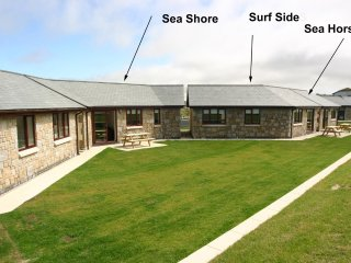 SURFSIDE, holiday bungalow, stylish interior, patio, amazing ocean view in