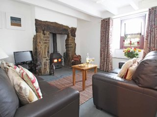 COLLEENS COTTAGE, modern cottage, inglenook fire with wood burner, garden, bbq