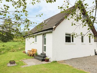 THE AULD TYNDRUM COTTAGE, partly 18th century miner's cottage, SKY TV, panoramic