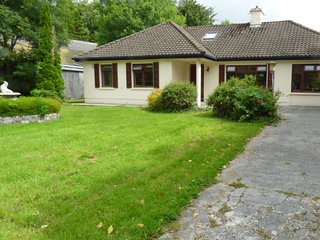 LUSKINS, all ground floor, open plan, near Cong, Ref 957307