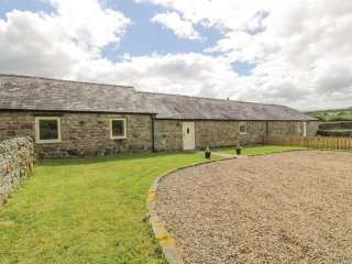 SHEPERDS BURN COTTAGE, WIFI, beautiful with character, open-plan, near Bellingha