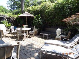 Arcachon Moulleau 200M plages, appartement Bamaya  terrasse aménagée Spa Plancha
