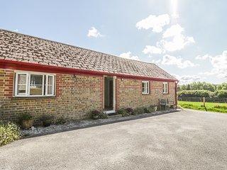 OLD SCHOOL COTTAGE, open plan, en-suite bedrooms, in Maiden Newton, Ref. 951296