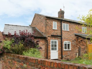MILL LANE COTTAGE, exposed wooden beams, WIFI, SKY TV, Ref. 943487