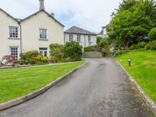 8 Kents Bank House, Allithwaite