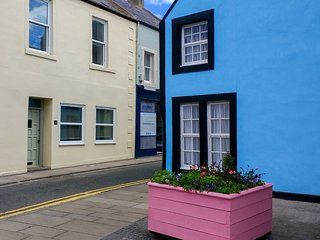 THE BEACH HOUSE, close to beach, pet-friendly, WiFi, Sky TV, in Eyemouth, Ref 93
