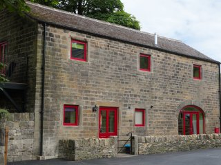 Unsliven Bridge Barn, Stocksbridge