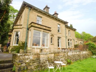 WOODLANDS, character, large property, open fire and woodburner, near