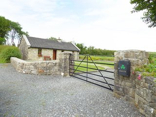 CREGAN COTTAGE, character, single storey cottage with solid-fuel stove and attra