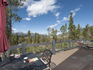 Gorgeous Views of Lake & Mountains - 2 King Masters - Ski Breckenridge, Keystone
