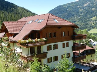 Roof Top Family  Apartment near Ski Slope 2/4 people haus Alex
