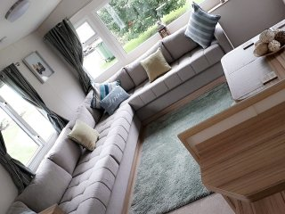 TATTERSHALL LAKES holiday caravan shared pool on site golf fishing water sports!