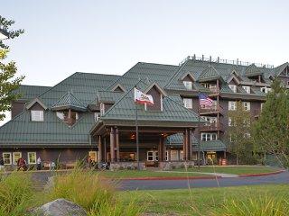 Lake Tahoe Vacation Resort - 2 Bedroom Deluxe (Sleeps 6)