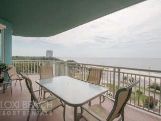 Legacy Towers 6th Floor Condo w/ Large Balcony, Gulf Views & 3 Resort Pools,