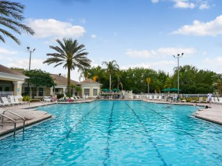 Ariel's Oasis 3 bed 2 bath Condo closest to Disney
