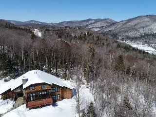 Greene Mountain Estate - Luxury Family Home in Downtown Killington - Vermont!