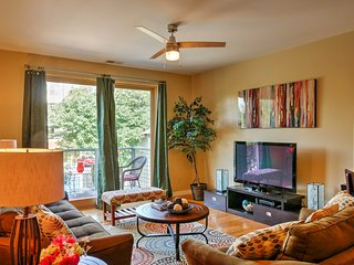 Remodeled City Center Chattanooga Condo w/Balcony!