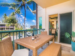 Luxury 2 bedroom/3 bathroom Condo at Beachfront Resort