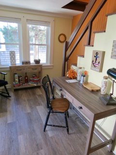Small office area as you enter the house