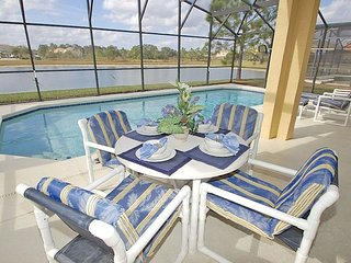 17631WW. 4 Bedroom 2.5 Bath Sparkling Pool Home In CLERMONT FL.
