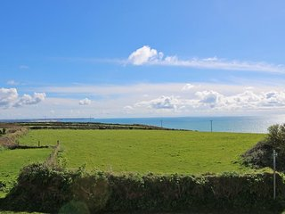 COVVA, old barn conversion, peaceful location, Wifi, Sea Views in Rinsey, Ref **