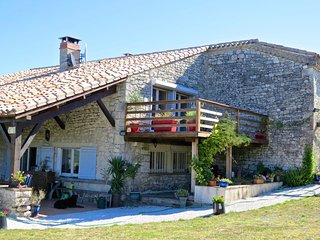 A spacious 3 bedroom stone farmhouse with gym and private pool